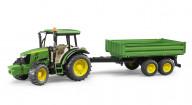 Трактор Bruder John Deere 5115M с прицепом